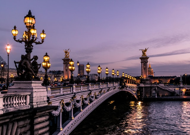 Alt feature: A bridge in Paris that you'll get to see every day if you move from the US to France.